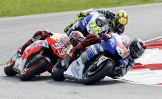 Lorenzo-Marquez-Rossi-MotoGP-Australia-2015