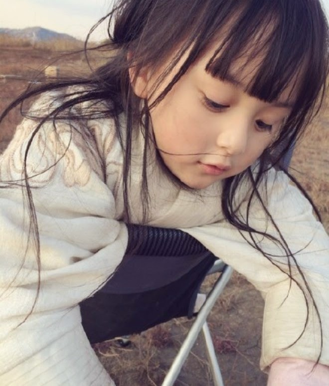 Download foto Liu Chu Tian balita tercantik di dunia terbaru