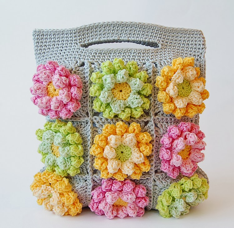 Crochet Bags Video : Blooming garden crochet bag
