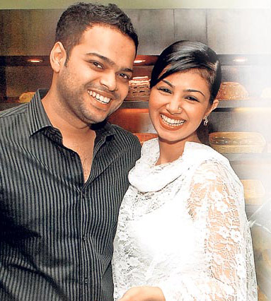 Shaadi Wallpapers Ayesha Takia Wedding Pictures Photos