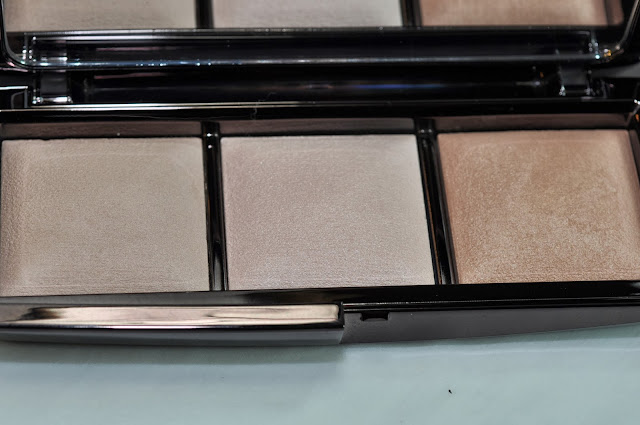 HOURGLASS Ambient Lighting Palette