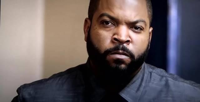 Screenshots Ice Cube At Fist Fight (2016) HD-TS 720p 1.3 GB Uptobox stitchingbelle.com