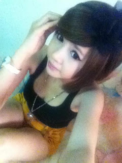Nalyza Lovely annoying facebook girl