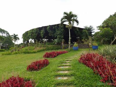 Mango Tours Tagaytay Paradizoo Pavilion