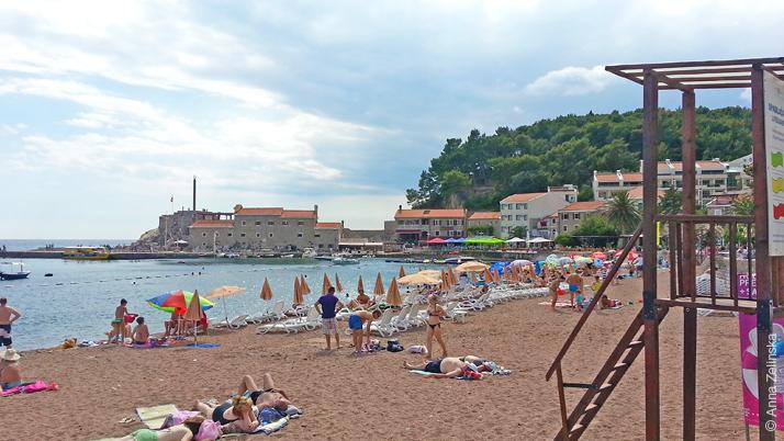 Основной пляж Петроваца