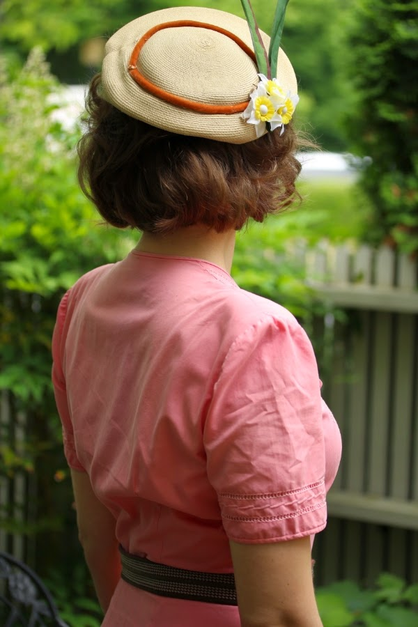 Vintage Hat and Dress ~ #chatterblossom