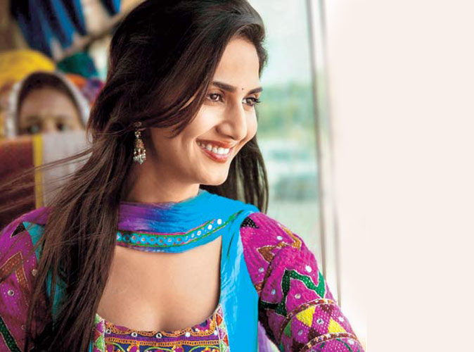 Shuddh Desi Romance Torrent Download full movie