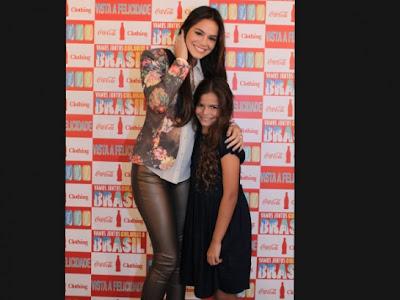 Conheça a irmã de Bruna Marquezine que parece muito com ela na infância. Veja aqui!