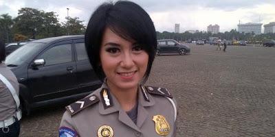 Ini Dia Polisi Cantik Indonesia Yang Pantang Menyerah