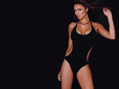 Gabrielle Richens Swimsuit Wallpaper