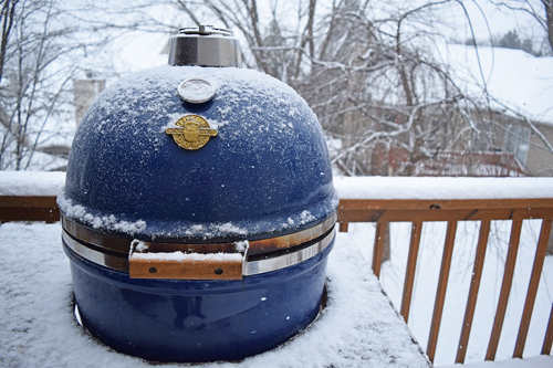 cold weather grilling, snow grilling, winter grilling
