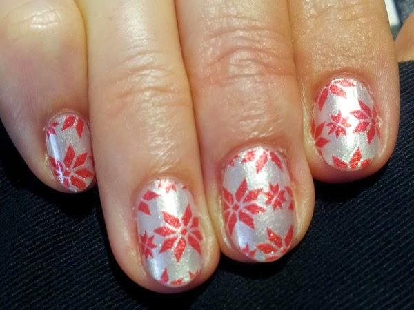 beautiful and amazing snow nail art designs