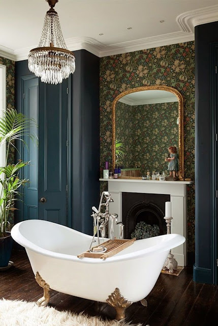 Edwardian period bathroom