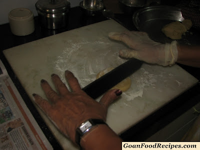 take medium size balls from the dough