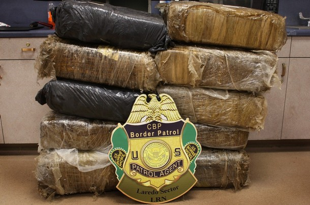 drugs trafficking in the us mexico border essay Drug trafficking mexico into the united states passing the border into the united states as the drugs became drug trafficking from mexico to the.