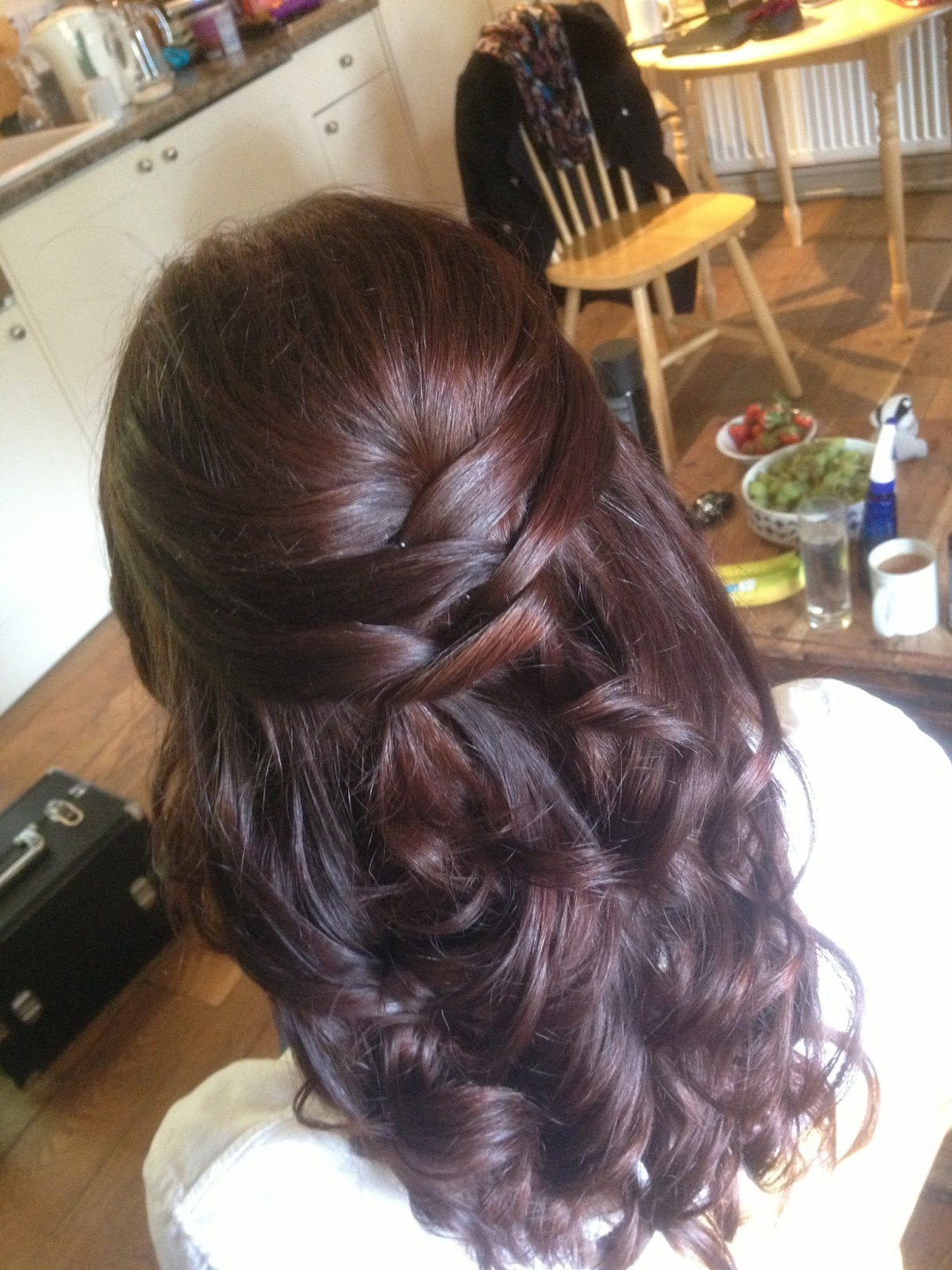 Great Tythe Barn Tetbury Bridal Hair Styling - Wedding hairstyle download
