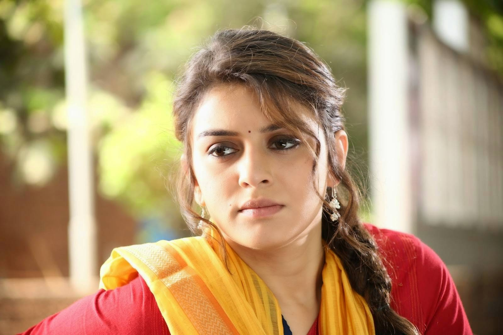 meaghamann actress hansika motwani stills, hansika in tamil movie