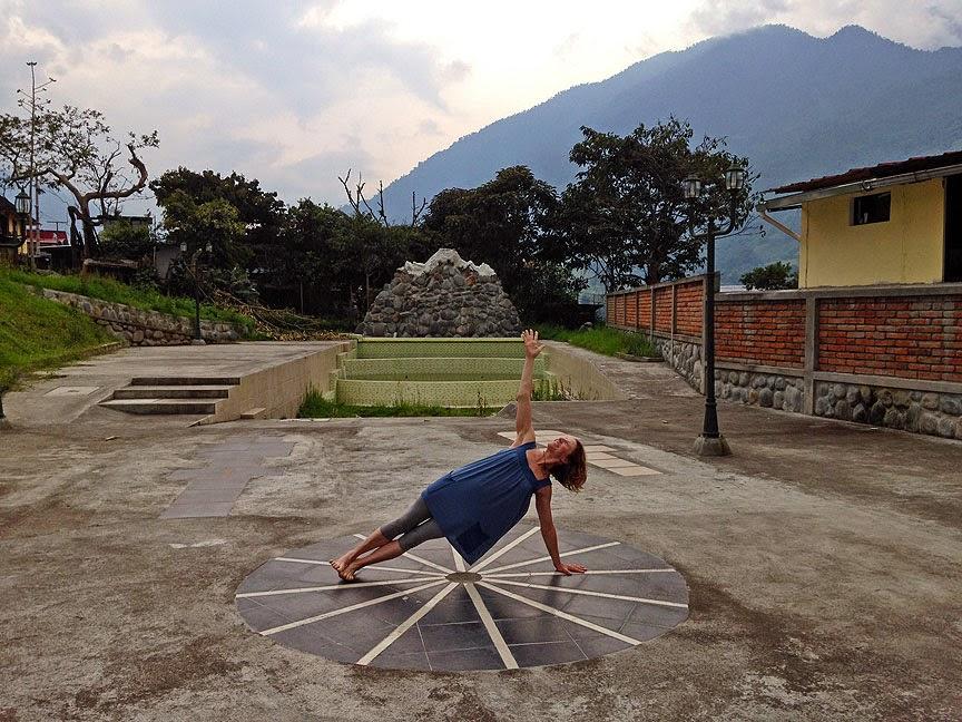 yoga+comfort+clothing - Soul Flower in Ecuador