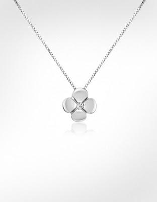 flower pendant necklace beautiful
