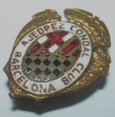 Antigua insignia esmaltada del Ajedrez Condal Club
