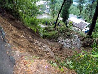 landslide at mungpoo sittong road