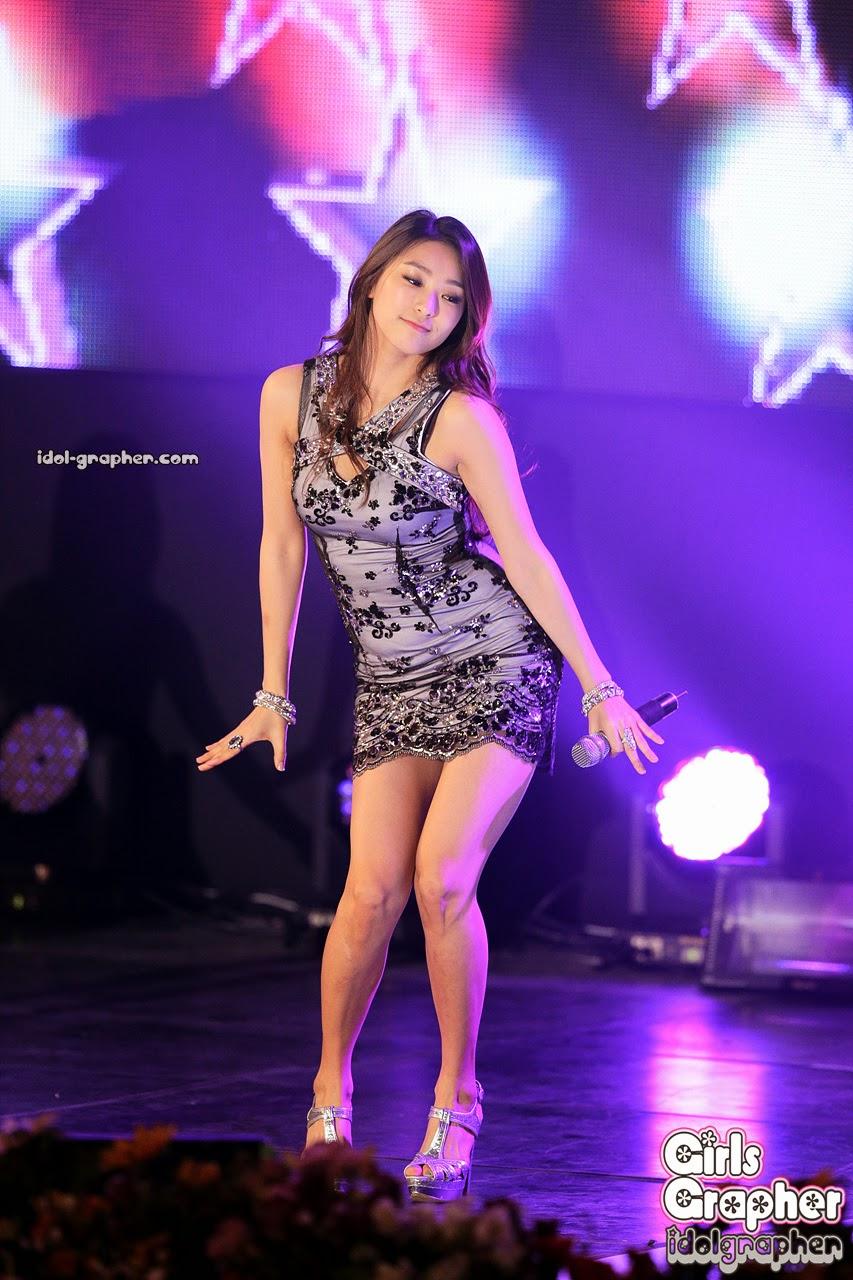 Sistar (씨스타) Bora (보라) - CJB Music Power on 12 March 2014
