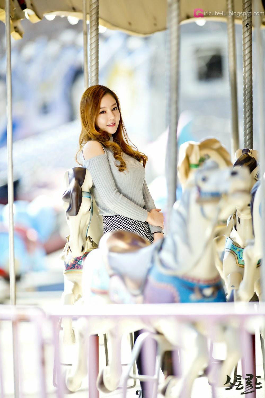 4 Pretty Yu Jin In Outdoors Photo Shoot - very cute asian girl-girlcute4u.blogspot.com