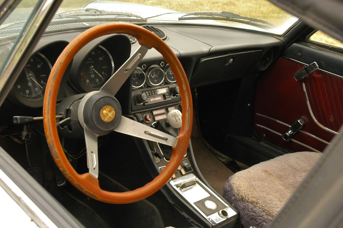 OLD PARKED CARS 1973 Alfa Romeo Spider