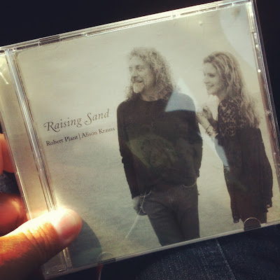 Alison Kraus and Robert Plant