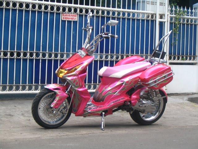 Honda Beat Modifikasi Airbrush title=