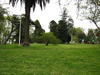 Paisaje parque arboles  Prado Uruguay