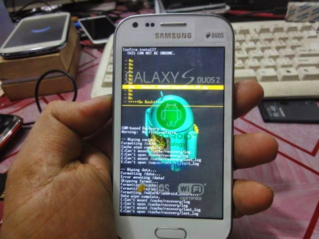 Root: Samsung Galaxy Y Duos GT-S6102 Root and Unroot