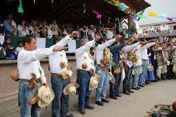 http://juramukua.uindapikua.org/blog/ronda-comunitaria-de-cheran-michoacan-previene-concierto-de-narcocorridos-de-el-komander/