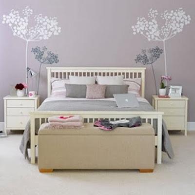 dormitorio gris y rosa