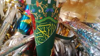 Masyarakat Digegerkan Adanya Terompet Terbuat Dari Cover Al-Quran