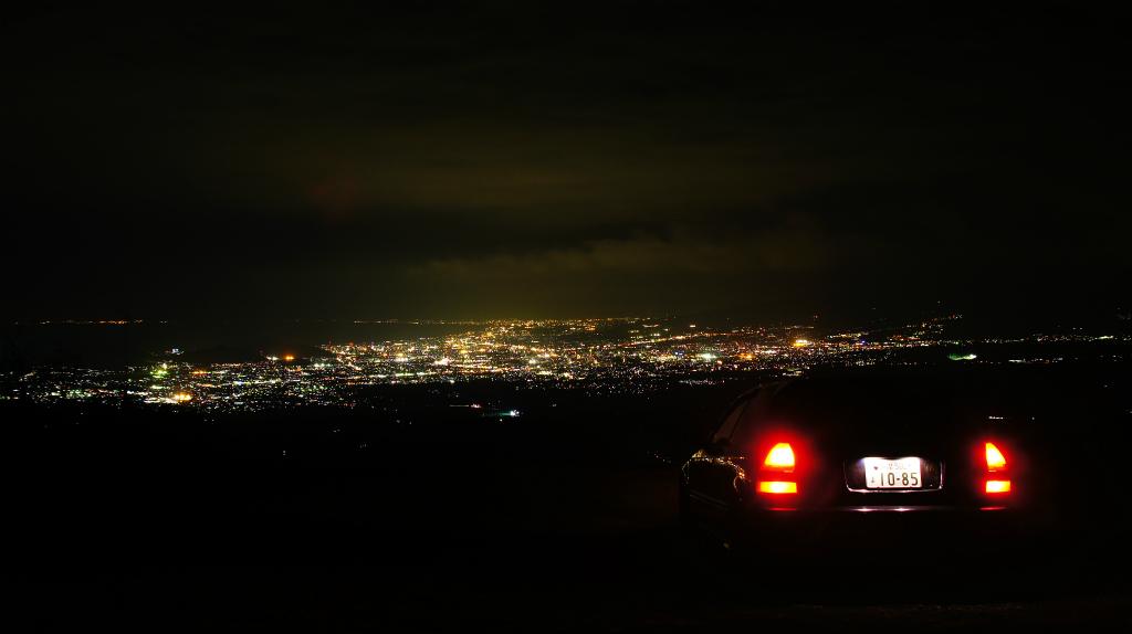Honda Civic VI SiR EK4, hot hatchback, VTEC is kicking in, kultowy model, znany samochód, pasja, tuning, widok nocą
