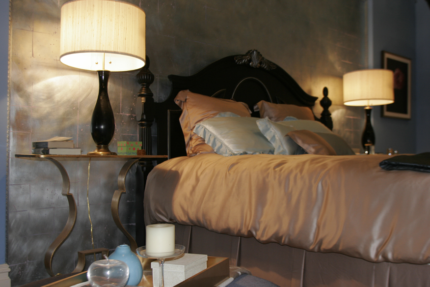 Chuck Bass s Bed in his Empire Hotel Suite  I think that is Elizabeth  Fisher s picture on the dresser  via Christina Tonkin Interiors  BlogChristin. Chuck Bass s Bed in his Empire Hotel Suite  I think that is