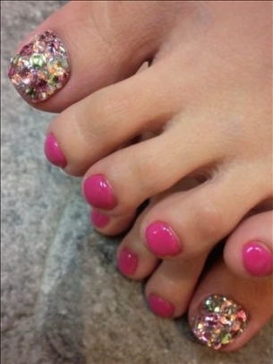 New-Season-Pedicure-Nail-Art-Ideas-2