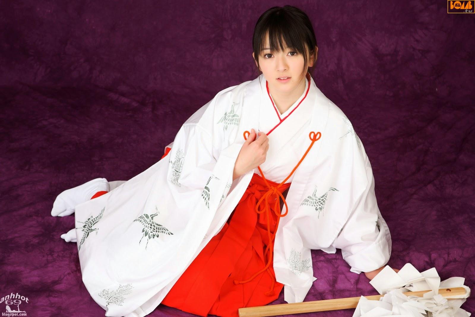 saki-takayama-01316298