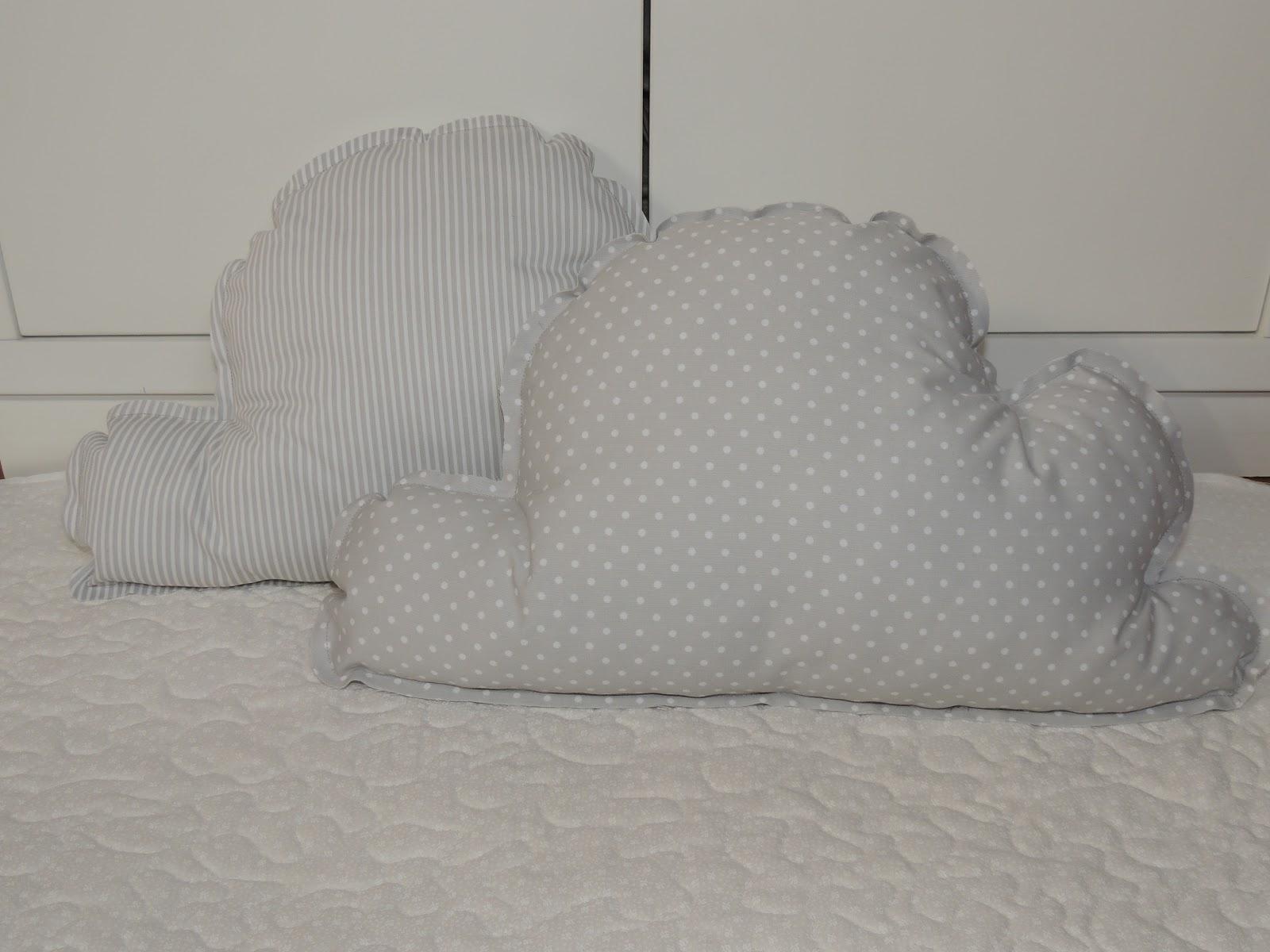 Babyquilt el patchwork para beb s por encargo cojines de for Cojines de nubes