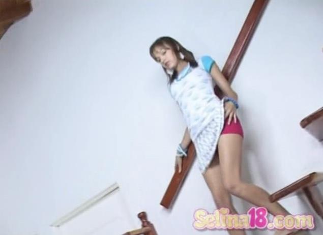 Baiar Aninhos Dando Na Escada Ver Video Porn Online