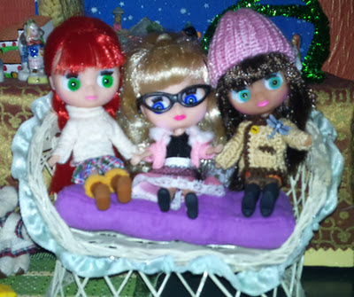 Petites Blythe