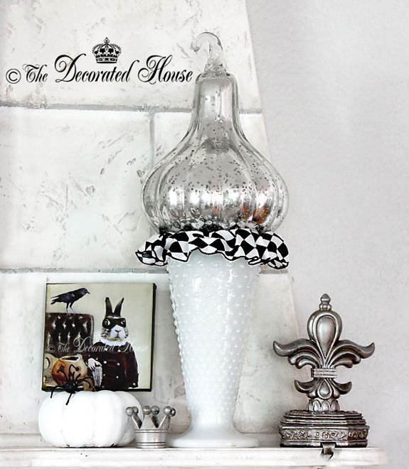 The Decorated House - Halloween Mantel Black and White