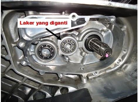 ganti laker gear box mio