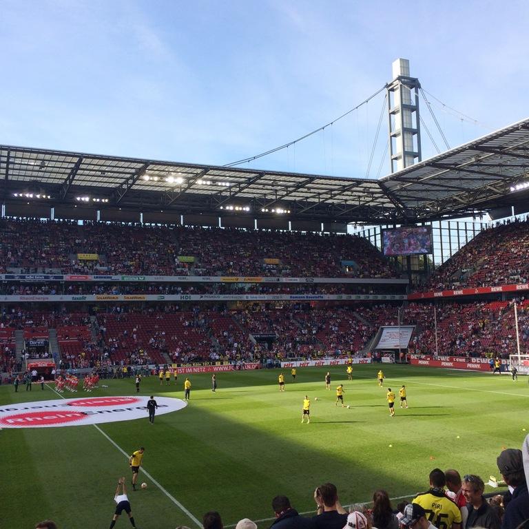 Fußball, BVB 09, Borussia Dortmund, schwarzgelb, echte Liebe, FC Köln, Hennes, Rheinenergiestadion