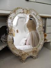 Gammal Spegel