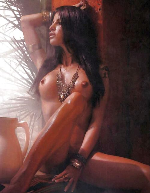 Maimilian Modelle Nude