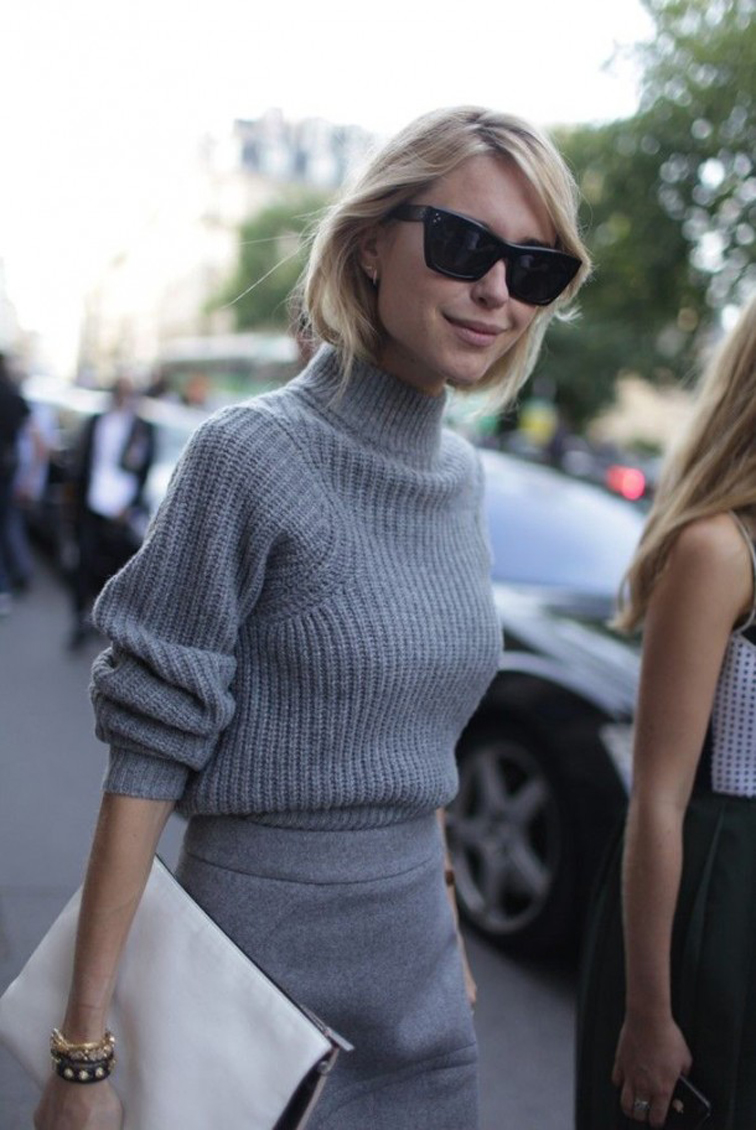 Look de Pernille, all grey, monochromatic outfit, mock turtleneck, skirt, Céline sunglasses