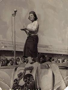 Navidad de 1957 CARMEN SEVILLA en Sidi Ifni
