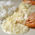 Pavés de saumon sauce citronnée (voir la recette)